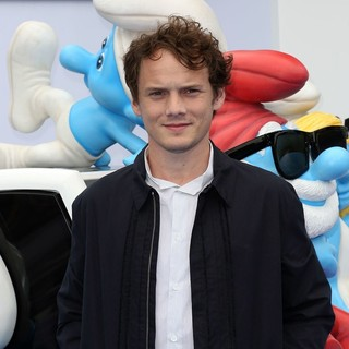 Anton Yelchin in The Los Angeles Premiere of The Smurfs 2 - Arrivals