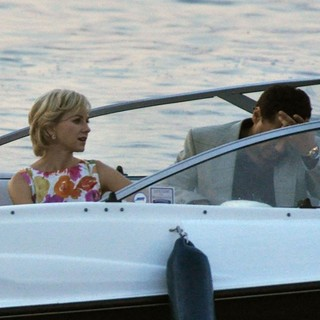 Naomi Watts, Cas Anvar in Filming Caught in Flight