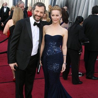 Judd Apatow, Leslie Mann in 84th Annual Academy Awards - Arrivals
