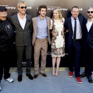 Avi Arad, Rhys Ifans, Andrew Garfield, Emma Stone, Marc Webb, Matthew Tolmach in The Spanish Premiere of The Amazing Spider-Man