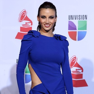 Argelia Atilano in The 12th Annual Latin GRAMMY Awards - Arrivals