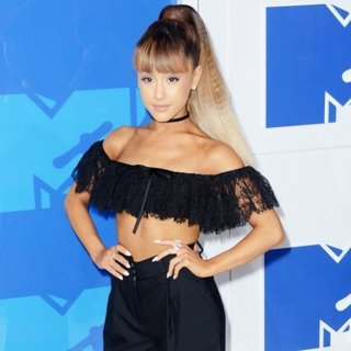 Ariana Grande in 2016 MTV Video Music Awards - Red Carpet Arrivals