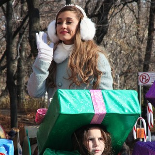 Ariana Grande in 87th Macy's Thanksgiving Day Parade