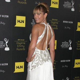 Arianne Zucker in 39th Daytime Emmy Awards - Arrivals