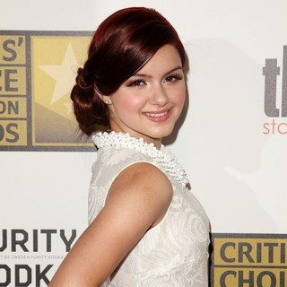 Ariel Winter in 2012 Critics' Choice TV Awards - Arrivals