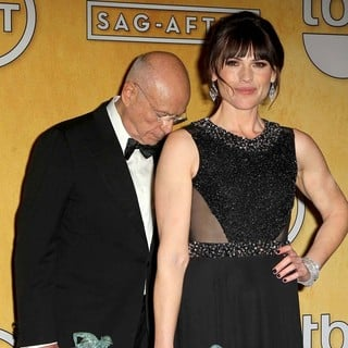 Alan Arkin, Clea DuVall in 19th Annual Screen Actors Guild Awards - Press Room