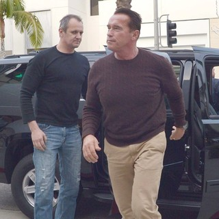 Arnold Schwarzenegger in Arnold Schwarzenegger Heads to Prada on Christmas Eve