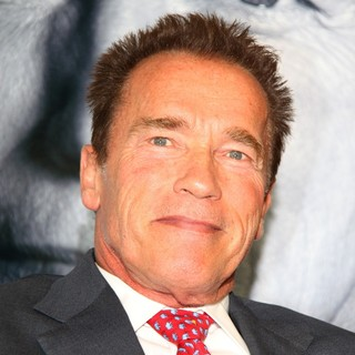 Arnold Schwarzenegger - rnold Schwarzenegger Launching His Book Total Recall