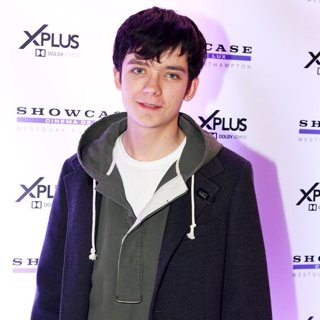 Asa Butterfield-Launch Event of The Showcase Cinema de Lux