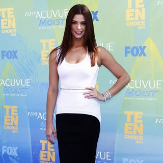 Ashley Greene in 2011 Teen Choice Awards