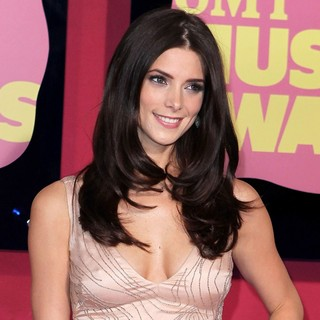 Ashley Greene in 2012 CMT Music Awards - ashley-greene-2012-cmt-music-awards-02