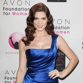 Ashley Greene in Avon Foundation Awards Gala 2011 - Arrivals