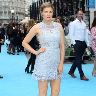 Ashley James in Entourage The Movie UK Premiere - Arrivals