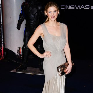 The World Premiere of RoboCop - Arrivals - ashley-james-uk-premiere-robocop-03