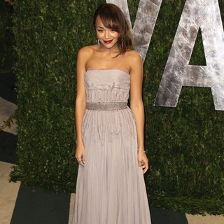 Ashley Madekwe in 2012 Vanity Fair Oscar Party - Arrivals