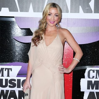 Pistol Annies in 2013 CMT Music Awards - Arrivals - ashley-monroe-2013-cmt-music-awards-02
