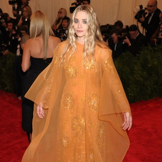 Ashley Olsen in PUNK: Chaos to Couture Costume Institute Gala - ashley-olsen-chaos-to-couture-costume-institute-gala-03