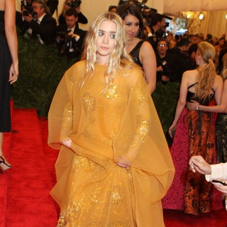 Ashley Olsen in PUNK: Chaos to Couture Costume Institute Gala - ashley-olsen-chaos-to-couture-costume-institute-gala-04