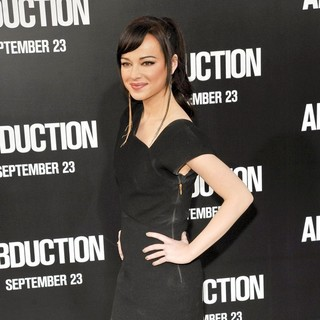Ashley Rickards in The Premiere of Abduction - Arrivals