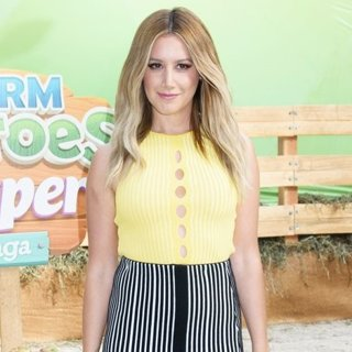 Ashley Tisdale-The Launch of Farm Heroes Super Saga