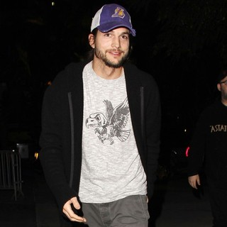 Ashton Kutcher Arrives at The Basketball Match Between Los Angeles Lakers Vs. Rockets