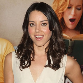 Aubrey Plaza in This Is 40 - Los Angeles Premiere - Arrivals