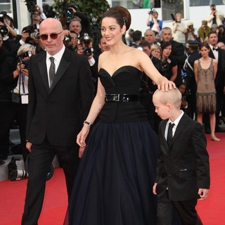 Jacques Audiard, Marion Cotillard, Armand Verdure in Rust and Bone Premiere - During The 65th Annual Cannes Film Festival