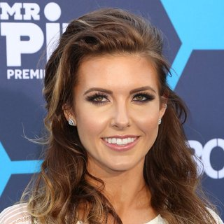 Audrina Patridge in The 16th Annual Young Hollywood Awards - Arrivals - audrina-patridge-16th-annual-young-hollywood-awards-01