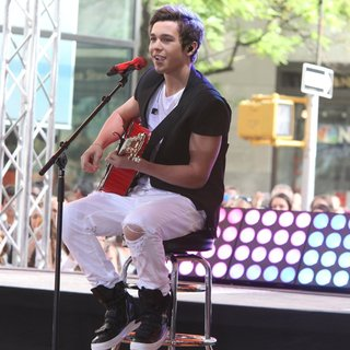 Austin Mahone Performing Live as Part of NBC's Toyota Concert Series