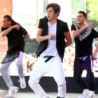 Austin Mahone in Austin Mahone Performing Live as Part of NBC's Toyota Concert Series