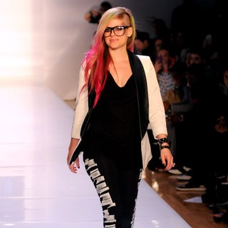 Avril Lavigne in Mercedes-Benz New York Fashion Week Spring-Summer 2013 - Abbey Dawn - Runway - avril-lavigne-mercedes-benz-new-york-fashion-week-spring-summer-2013-04