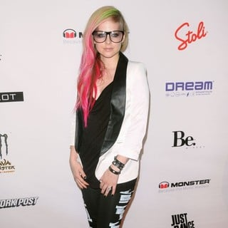 Avril Lavigne in Mercedes-Benz New York Fashion Week Spring-Summer 2013 - Abbey Dawn - Arrivals