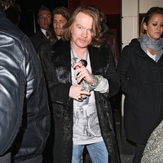 Guns N' Roses in Axl Rose Leaving Tonteria Nightclub - axl-rose-leaving-tonteria-nightclub-02
