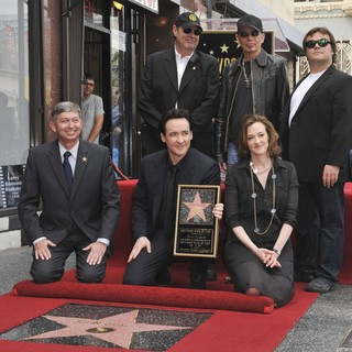 Dan Aykroyd in John Cusack Honored with A Star on The Hollywood Walk of Fame - aykroyd-cusack-thornton-black-john-cusack-walk-of-fame-02