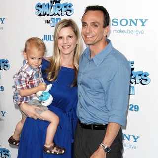 Katie Wright, Hank Azaria in The Smurfs World Premiere - Arrivals