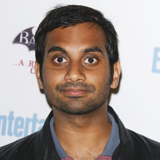 Aziz Ansari in Comic Con 2011 Day 3 - Entertainment Weekly Party - Arrivals