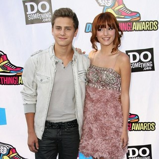 Garrett Backstrom, Bella Thorne in 2011 Do Something Awards - Arrivals