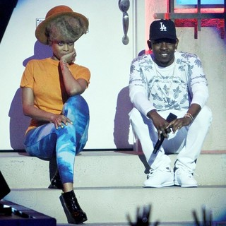 Erykah Badu, Kendrick Lamar in The 2013 BET Awards - Inside