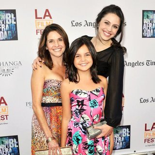 Bailee Madison in Don't Be Afraid of the Dark Premiere at 2011 LAFF - Arrivals
