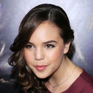 Premiere of Relativity Media's Romeo and Juliet - bailee-madison-premiere-romeo-and-juliet-04