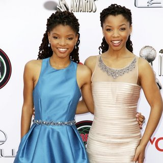 Halle Bailey, Chloe Bailey in 45th NAACP Image Awards - Arrivals