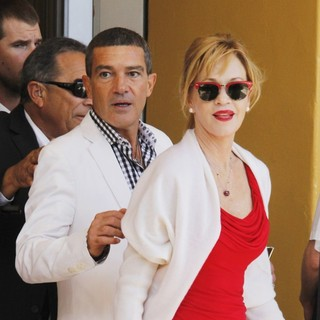 Antonio Banderas, Melanie Griffith in The Los Angeles Premiere of Puss in Boots