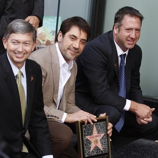 Leron Gubler, Javier Bardem in Javier Bardem Is Honored with A Hollywood Star on The Hollywood Walk of Fame