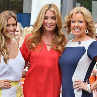 Renee Bargh, Cat Deeley, Mary Murphy in So You Think You Can Dance Judges for An Appearance on Extra