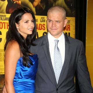 Luciana Barroso, Matt Damon in New York Premiere of Contagion - Arrivals
