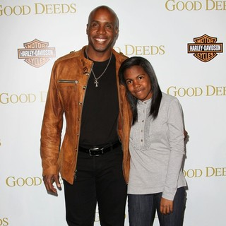 Barry Bonds, Aisha Bonds in Lionsgate's Good Deeds Premiere