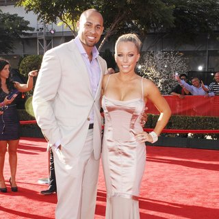 Hank Baskett, Kendra Wilkinson in The 2011 ESPY Awards