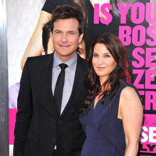 Jason Bateman, Amanda Anka in The Los Angeles Premiere of Horrible Bosses - Arrivals