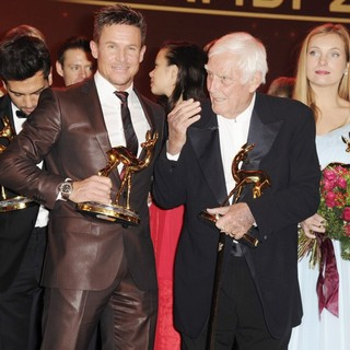 Felix Baumgartner, Joachim Fuchsberger, Nadja Uhl, Claudia Michelsen in Bambi Awards 2012