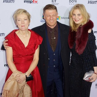 Sean Bean, Georgina Sutcliffe in 41st International Emmy Awards